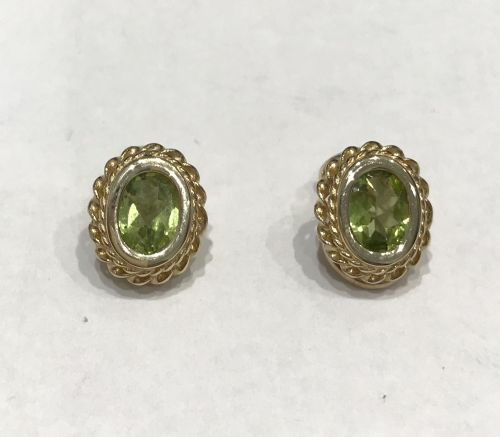 Clip On Oval Peridot Yellow Gold Earrings